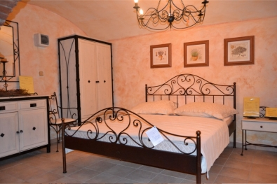 classic wrought iron bed Malaga